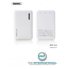 Batterie Externe Blanche Remax Modèle RPP 123 5000 mAh