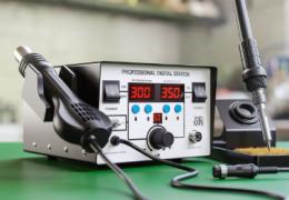 Comment choisir une station à air chaud pour la réparation des ordinateurs portables et des téléphones mobiles ?